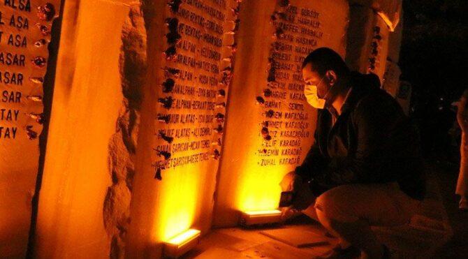 17 Ağustos depreminde hayatını kaybedenler 03.02'de anıldı