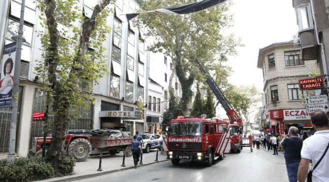 Ortaköy'de otel yangını: Dumanlar Anadolu yakasından görüldü